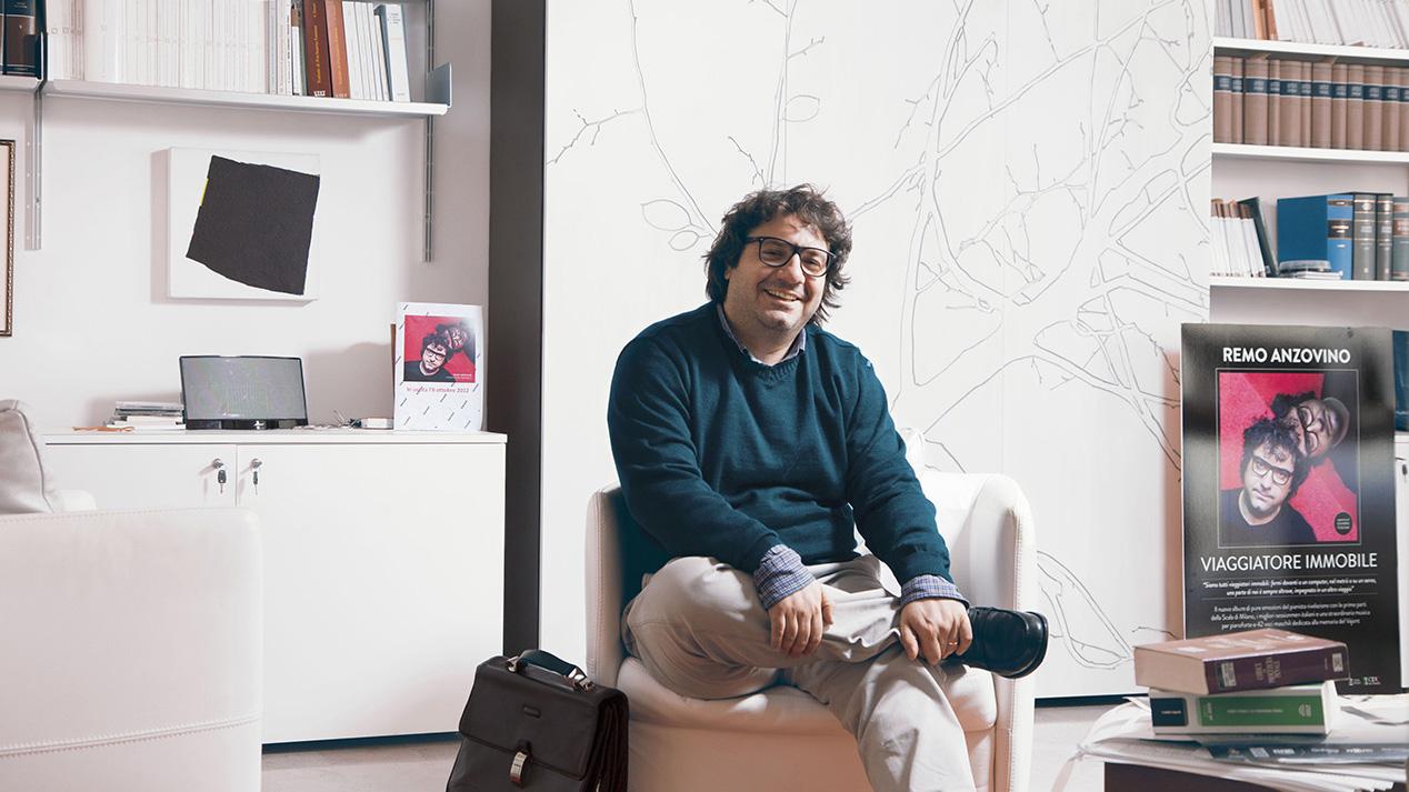 Remo Anzovino nel suo studio a Pordenone - Foto di Alessandro Venier